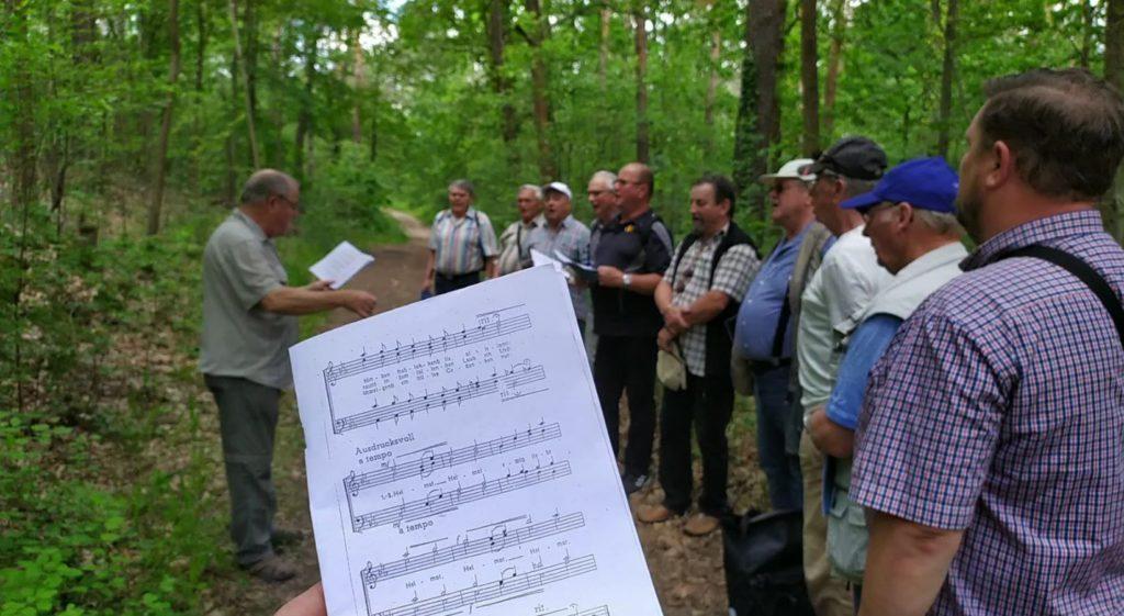 Gemeinsamen Singen beim Männergesangverein Lausa/Weixdorf 1885 e.V. ist auch ein wichtiges Element beim jährlichen Ausflug zum Männertag.